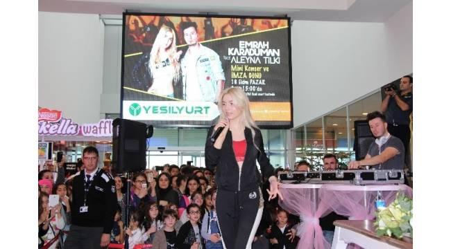 Aleyna Tilki ve Emrah Karaduman Samsun'da sahne aldı