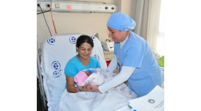 Anne sütü bebeğin ilk doğal aşısı