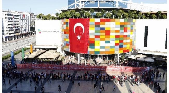 Antalya'nın en büyük alışveriş merkezine kayyum atandı