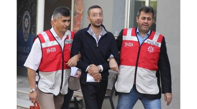 Babaannesinin 10 bin lirasını çalan 15 yaşındaki kızın parayı verdiği arkadaşı tutuklandı