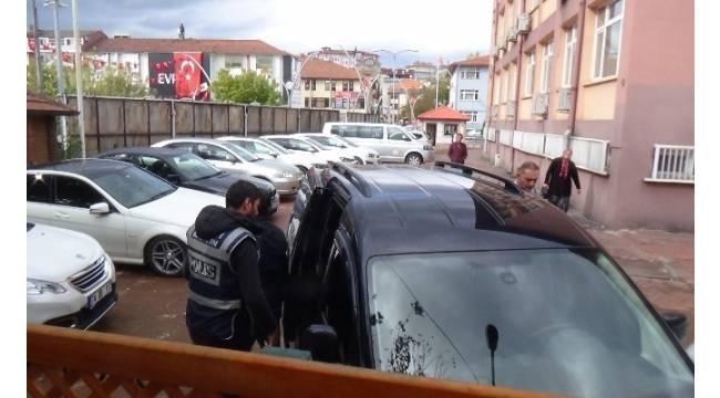 Bartın'da 2 öğretmen tutuklandı