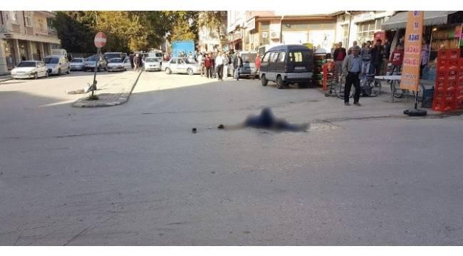 Başkent'te sokak ortasında silahlı saldırı: 1 ölü, 2 yaralı