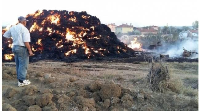 Binlerce balya saman alev alev yandı
