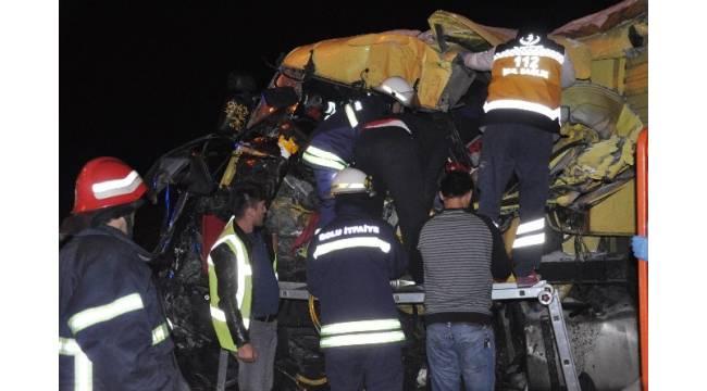 Bolu'da zincirleme trafik kazası; 1'i ağır 7 yaralı