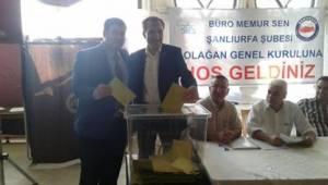 Büro Memur-Sen'de Akbulut güven tazeledi
