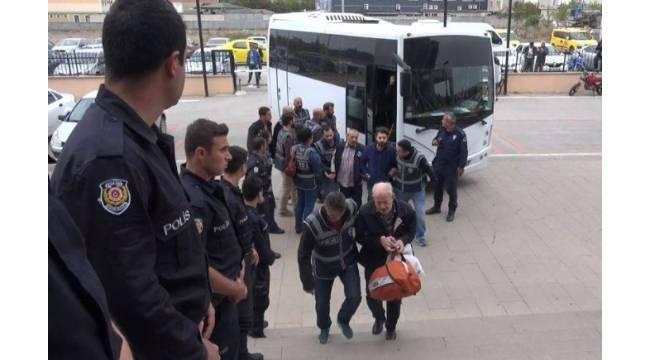 Edirne'de FETÖ'den gözaltına alınan 14 iş adamı tutuklandı