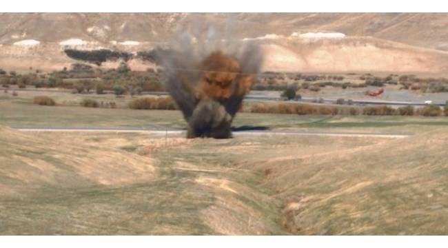 Erzurum'da yola tuzaklanmış bomba imha edildi