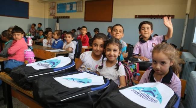 Eyyübiye'de 2 bin öğrenciye kırtasiye yardımı