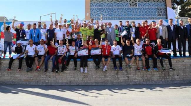 Göbeklitepe koşusuna 650 sporcu katıldı