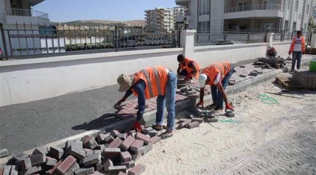 Karaköprü'de parke taşı çalışması