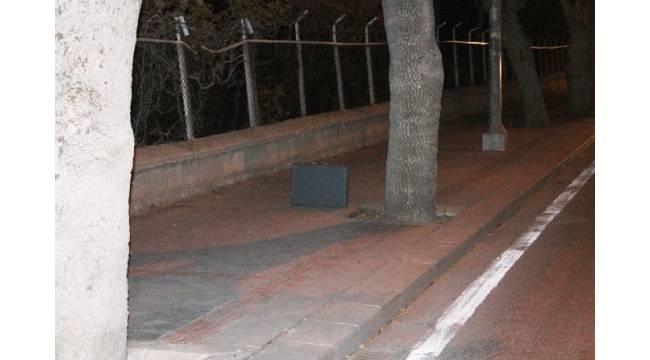 Konya'da şüpheli çanta fünye ile patlatıldı