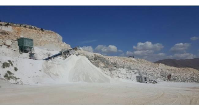 Maden ocağındaki izinsiz kazıda bir kişi feci şekilde öldü