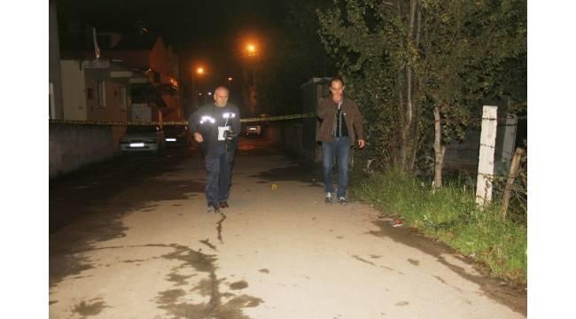 Maganda kurşunu bakkala giden kadını ağır yaraladı