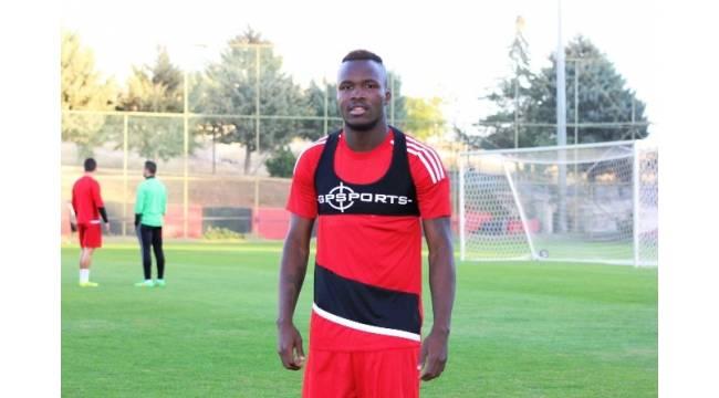 """Muhammed Fatau: """"Kayserispor maçından galip geleceğiz"""""""