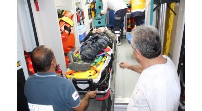 Nazilli'de kaza yapan alkollü sürücü ağır yaralandı