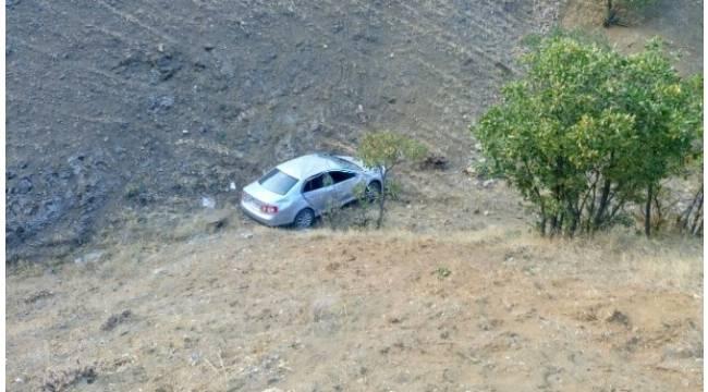 Otomobil şarampole uçtu: 4 yaralı
