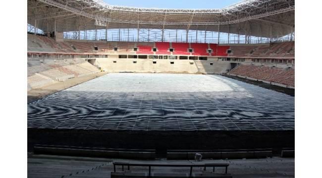 Samsunspor'un yeni stadına 'hibrit çim'