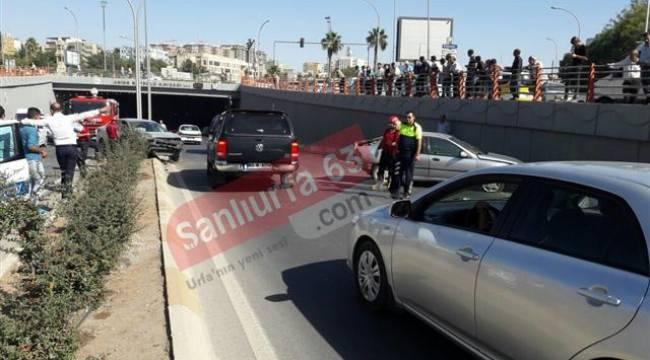 Şanlıurfa Abide Kavşağında kaza