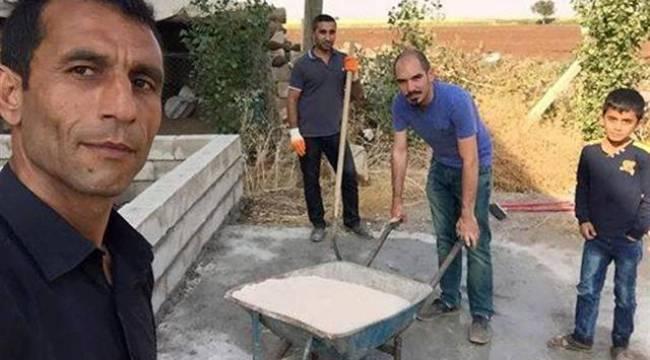 Şanlıurfa'da vatandaş okula odunluk yapıyor