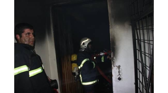 Şanlıurfa'da evde çıkan yangın korkuttu