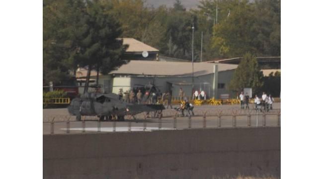 Silvan'da askere roketli saldırı: 1 şehit, 6 yaralı