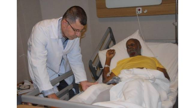 Somali'den Diyarbakır'a ameliyat olmaya geldi