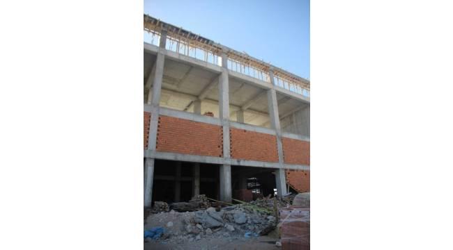 Spor salonu inşaatında iş kazası: 1 yaralı