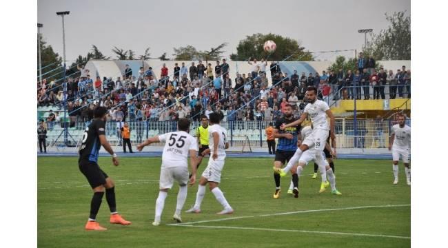 Manavgatspor,Kocaelispor 1-0 mağlup etti