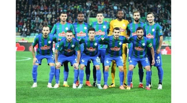 Beşiktaş zorlu deplasmanı kayıpsız geçti
