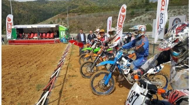 Türkiye Motokros Şampiyonası'na Düzce ev sahipliği yaptı