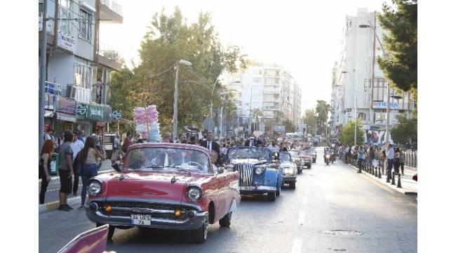 Uluslararası Antalya Film Festivali, kortej geçişiyle başladı