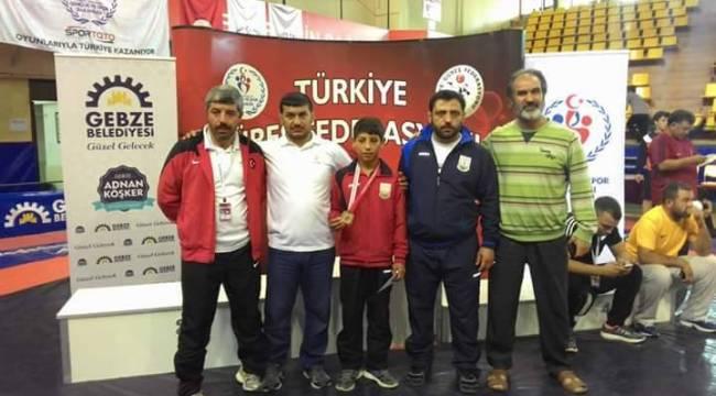 Urfalı sporcu Ataspor'unda Milli takıma seçildi