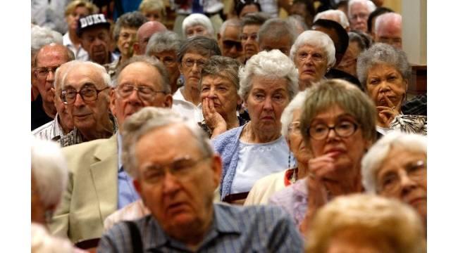 Yaşlılar ruh ve beden sağlığı için dikkatli olmalı