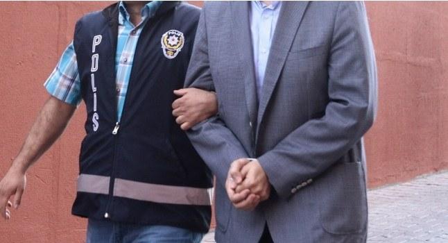 4 sağlık çalışanı FETÖ'den tutuklandı