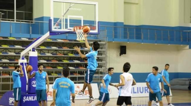 Basketbol takımı, Bölgesel Lig'e hazırlanıyor
