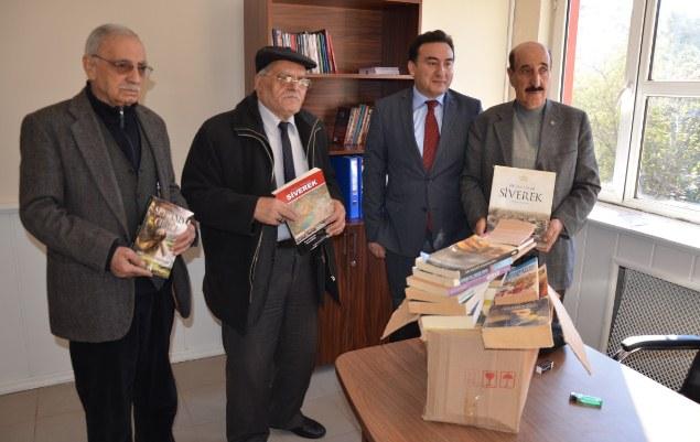 Fakülte kütüphanesi için kampanya başlatılar
