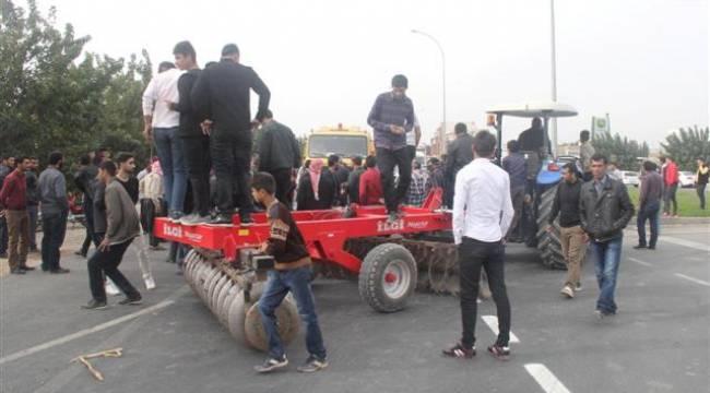 Göbeklitepe köylülerinin asfalt protestosu