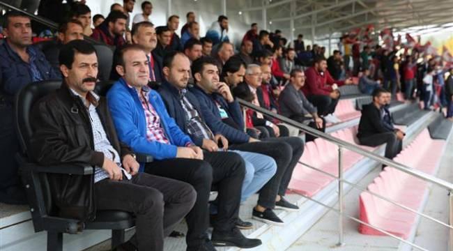 Karaköprüspor Elazığspor'a gol yağdırdı
