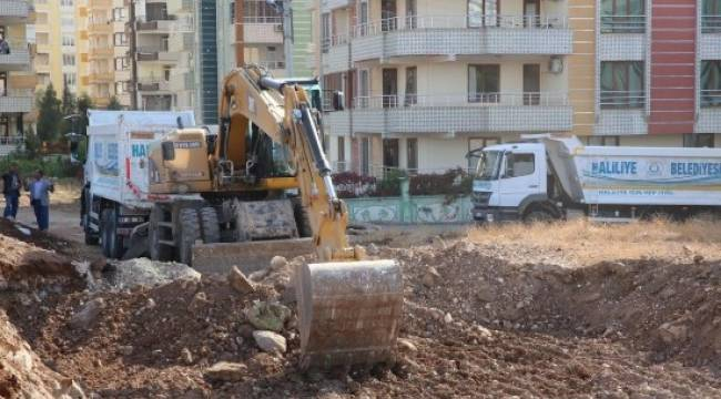 Karşıyaka'da 15 yeni yol açıldı
