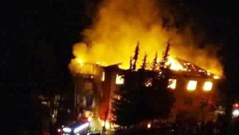 Kız yurdunda yangın faciası: 12 ölü, 22 yaralı