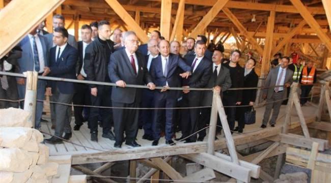 Kültür Bakanı Avcı Göbeklitepe'yi gezdi