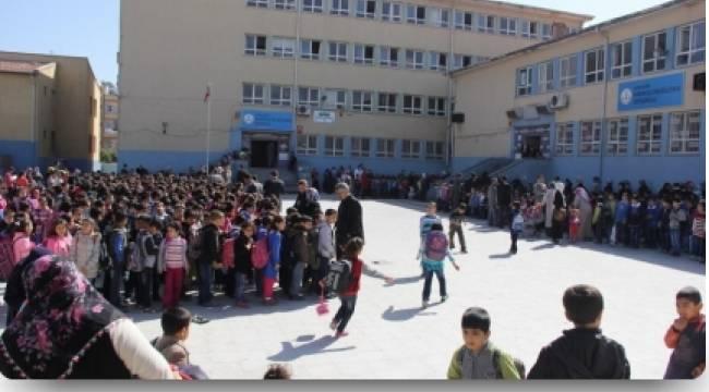 Okulda bit salgını iddiası
