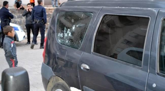 Şanlıurfa'da bir ev ve iki araca silahlı saldırı