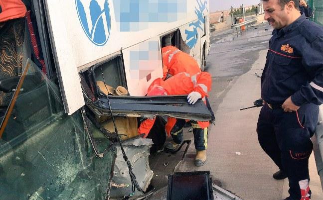 Şehirler arası Urfa Otobüsü kaza yaptı