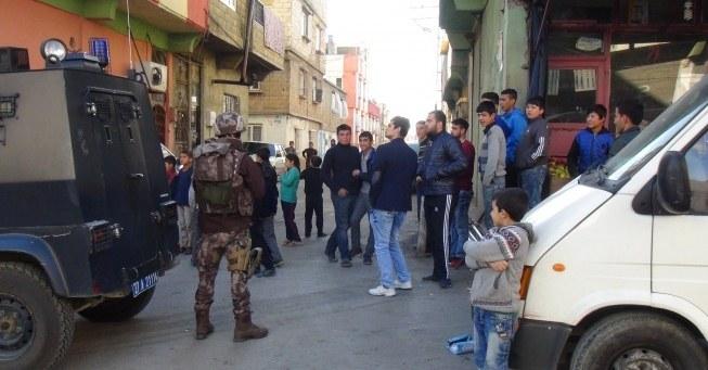 11 il'de terör operasyonlarında 235 gözaltı