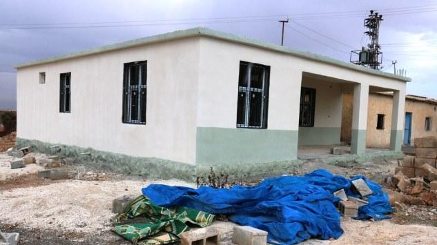 Akçakale'de cami ve taziye evlerinin bakımı yapılıyor