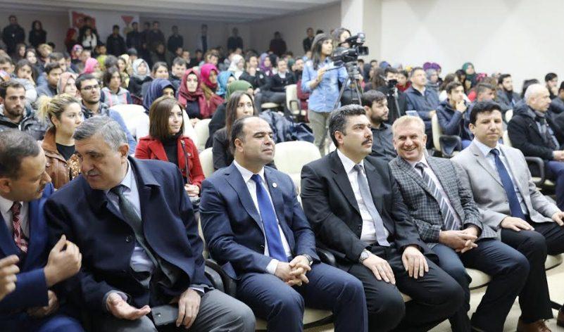 Başkan Çiftçi Gençlerin sorunlarını yanıtladı