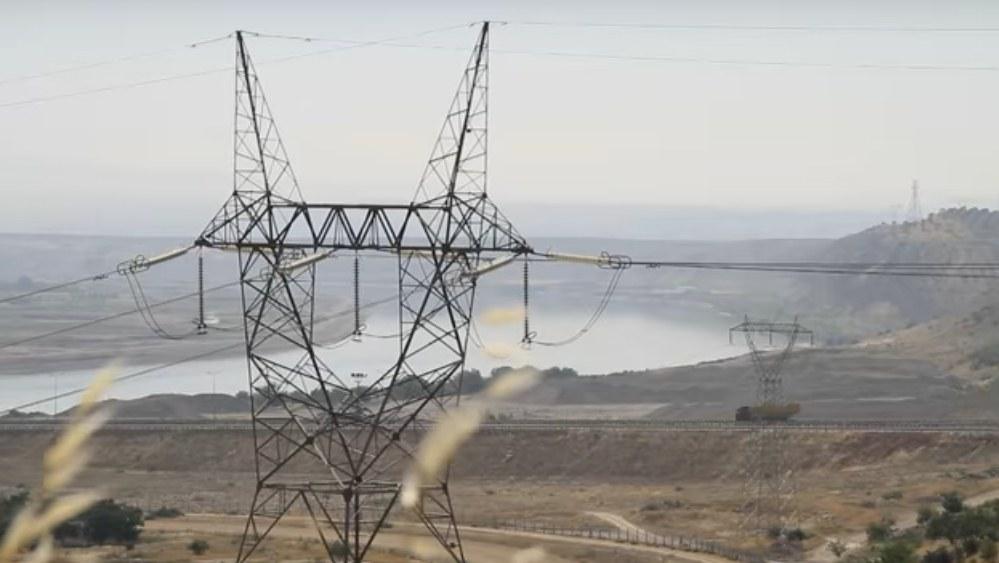 Birecik Barajına'da Nizipliler sahip çıktı