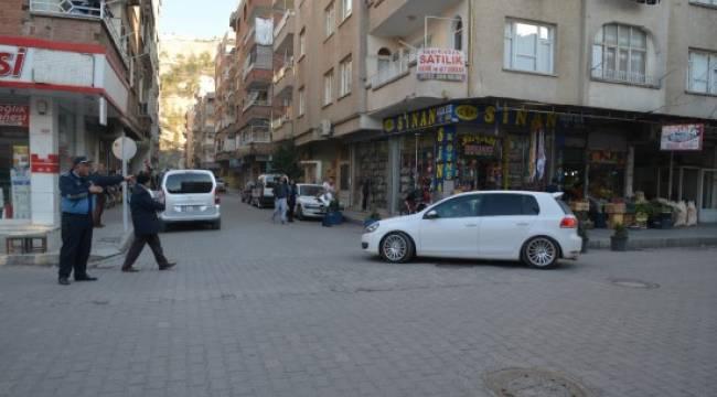 Birecik'te Hastane Caddesi tek yön oldu