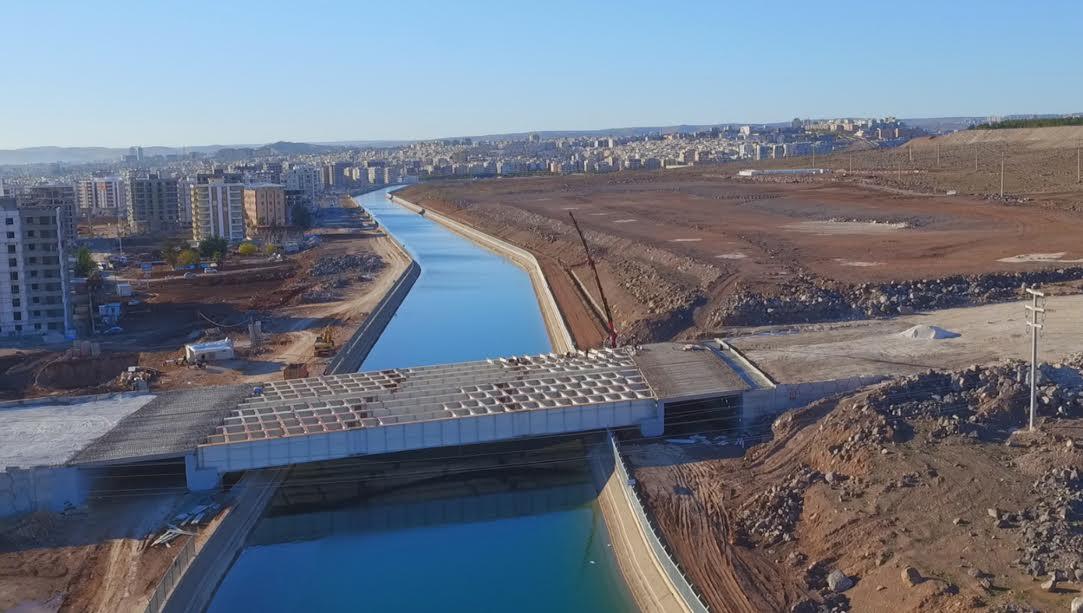 Bu Köprü İle Urfa Trafiği rahatlayacak (Video)